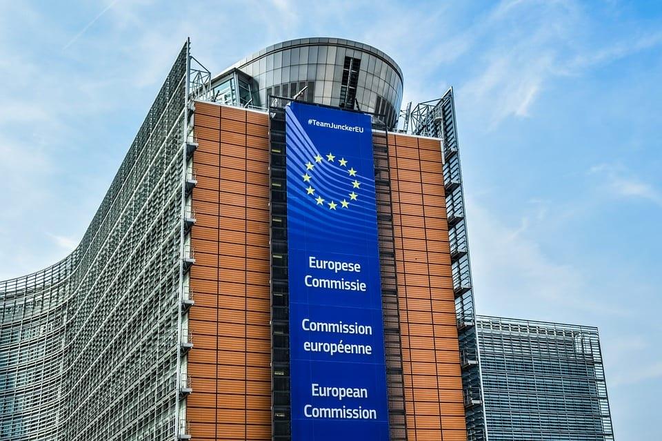 Jest decyzja KE o skierowaniu pozwu przeciwko Polsce za dyscyplinarki