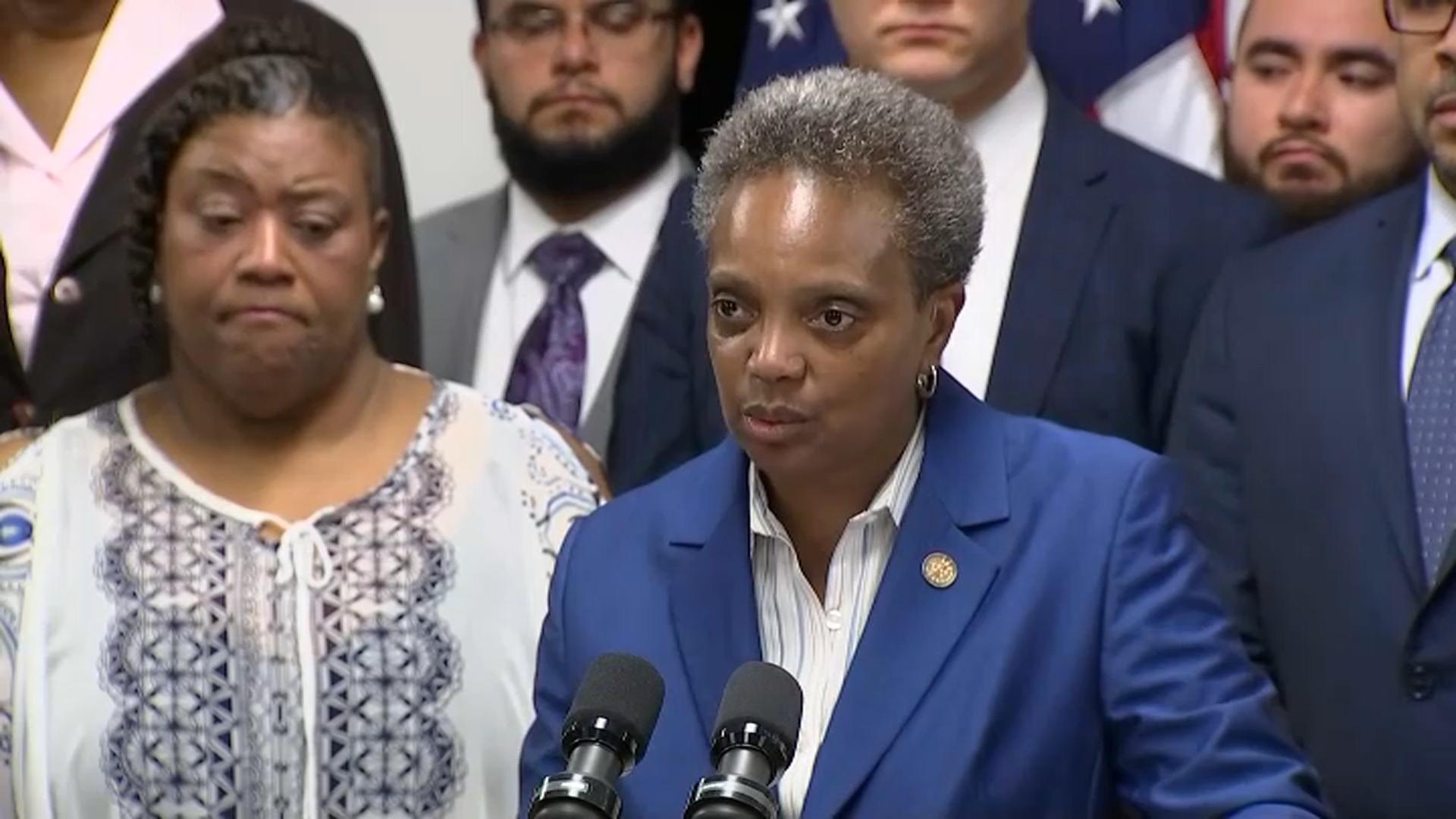Burmistrz Lori Lightfoot wprowadza zmiany w systemie opłat i kar
