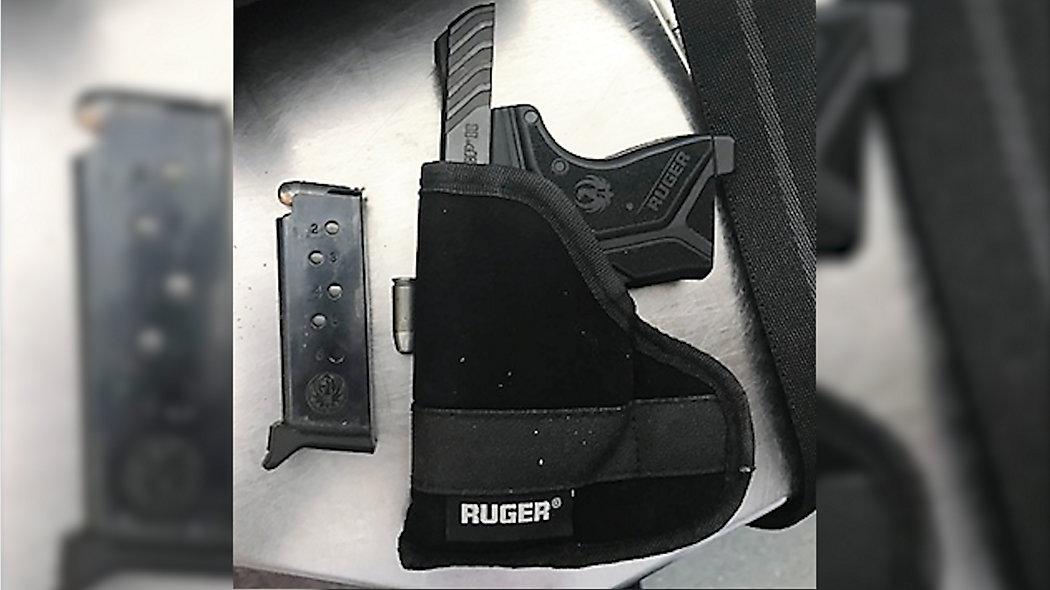 Usiłował wejść z bronią na pokład samolotu na lotnisku JFK