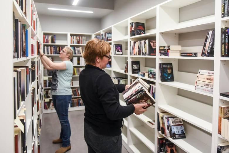 Poznaniacy czytają coraz więcej! Biblioteka Raczyńskich publikuje optymistyczne dane