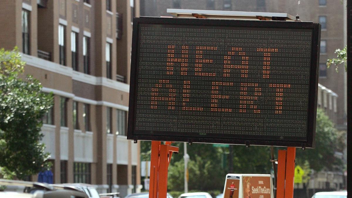 Służby drogowe będą pomagać kierowcom podczas upałów