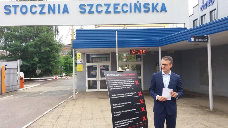 """Minister Gróbarczyk obiecał prom. PO: """"Piątka niespełnionych obietnic"""""""