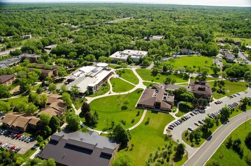 Deerfield drugie na liście najbezpieczniejszych miasteczek studenckich w Stanach Zjednoczonych