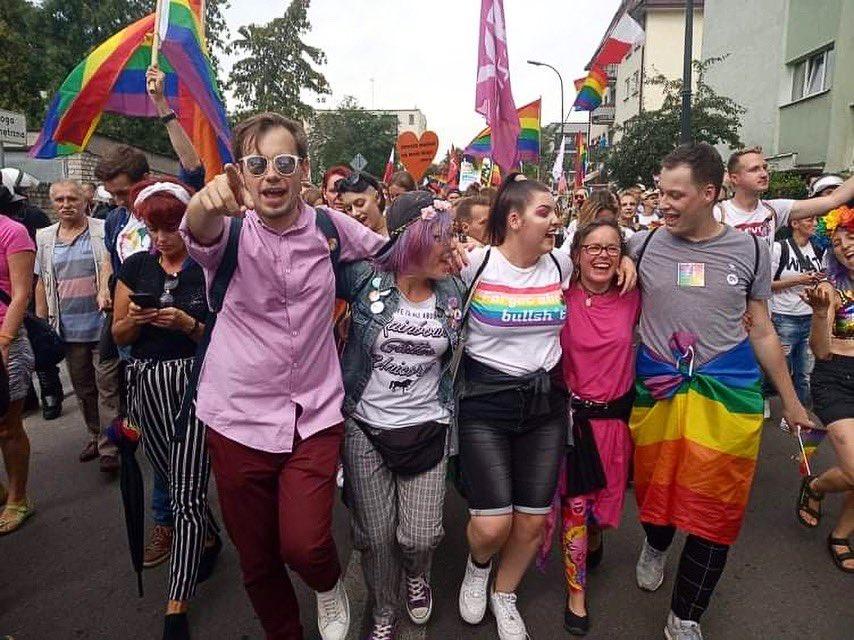 Lubelski ksiądz wspierał Marsze Równości i LGBT. Zostanie usunięty ze stanu kapłańskiego?