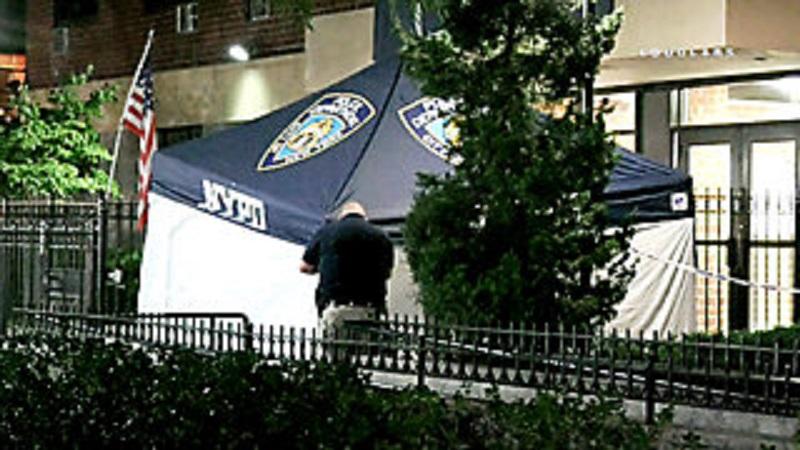 Samobójczy skok z okna na Manhattanie