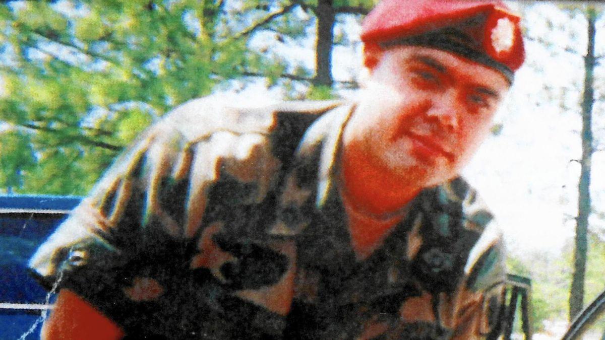 Gubernator Pritzker ułaskawił byłego żołnierza, który został deportowany do Meksyku