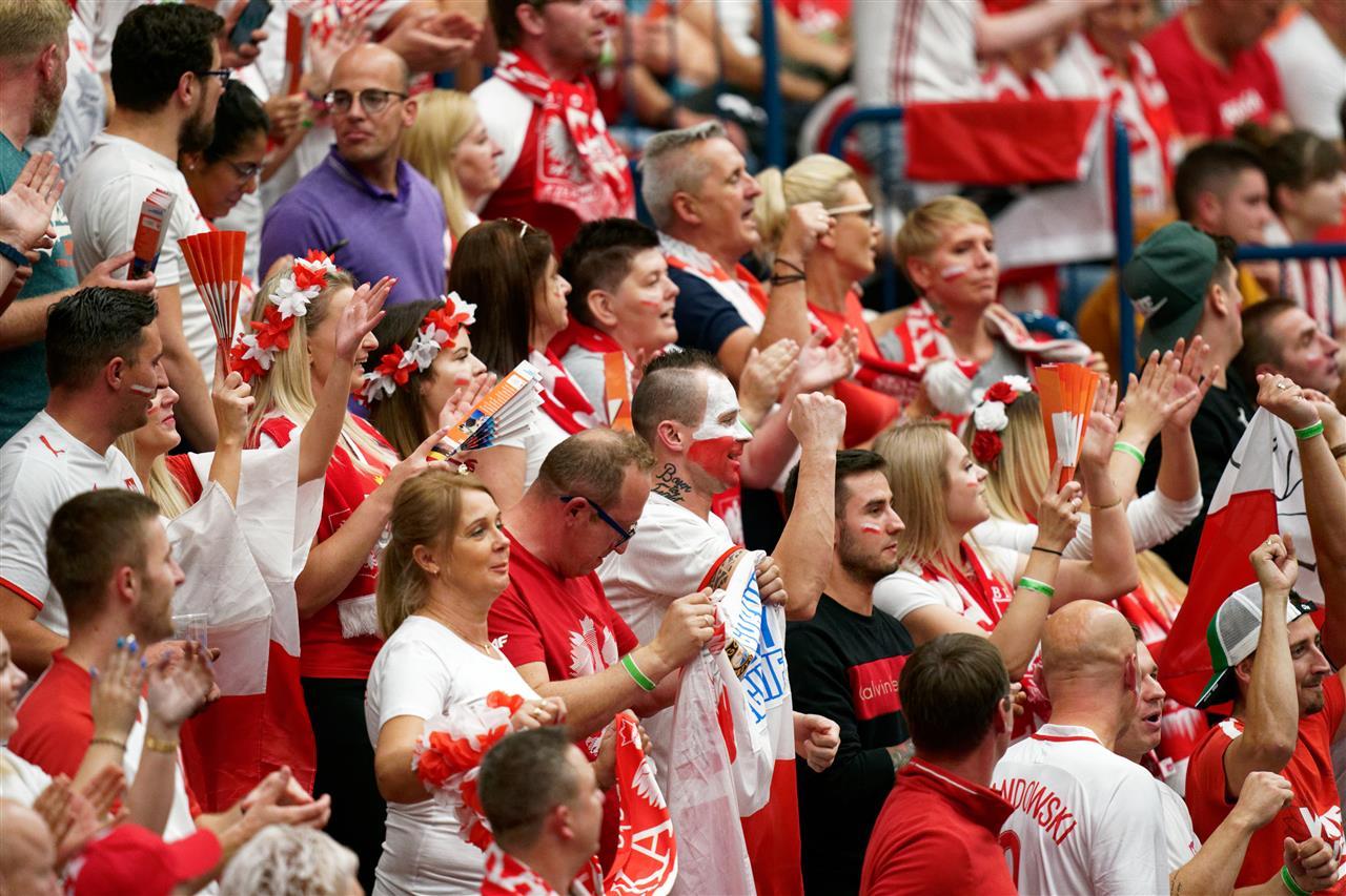 Mistrzostwa Europy w siatkówce: Polacy zmietli Hiszpanów i są w ćwierćfinale!