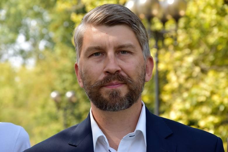 Jarosław Pilc z Wiosny, apeluje do bpa opolskiego o utworzenie funduszu dla ofiar przestępstw seksualnych księży