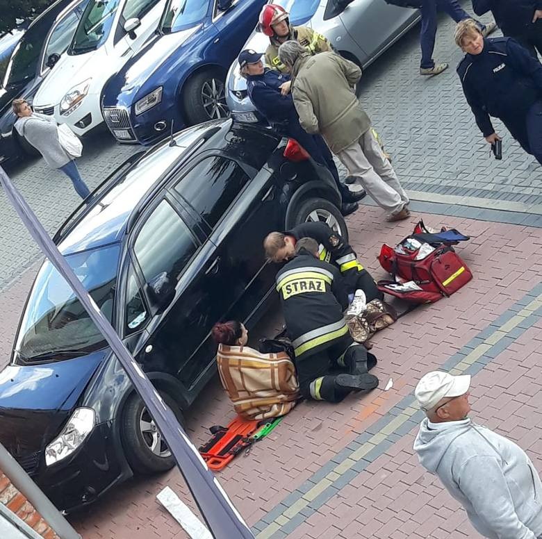 Rabka-Zdrój. Tragiczny wypadek na chodniku. Auto wjechało z dziecko