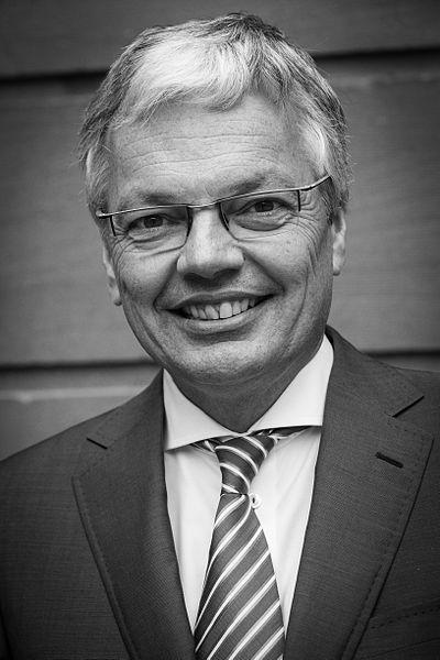Kandydat Belgii na komisarza UE ds. praworządności pod lupą śledczych. Chodzi o korupcję i pranie brudnych pieniędzy