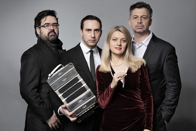 Olga Avigail Mieleszczuk i Tango Attack