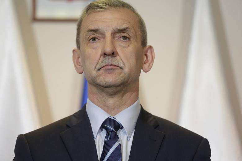 """Szef ZNP Sławomir Broniarz: """"Co drugi nauczyciel rozważa odejście z zawodu"""""""