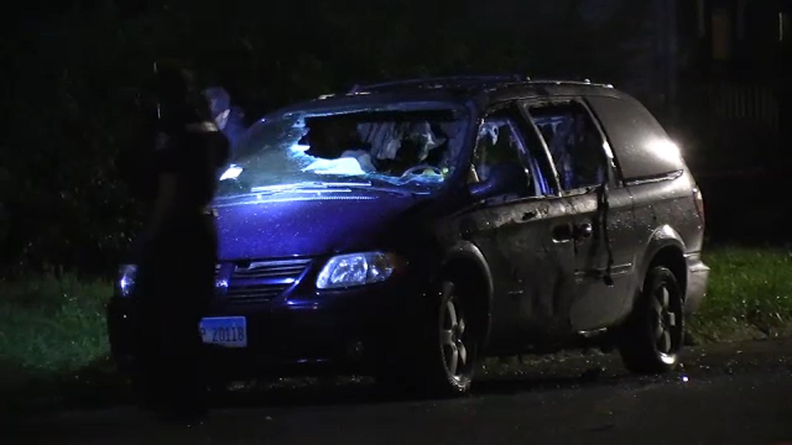 W spalonym samochodzie znaleziono ciało zastrzelonego mężczyzny