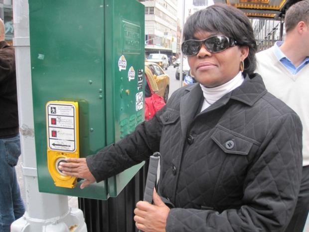 Pozew przeciw Chicago za brak sygnalizacji dźwiękowej na skrzyżowaniach dla niewidomych