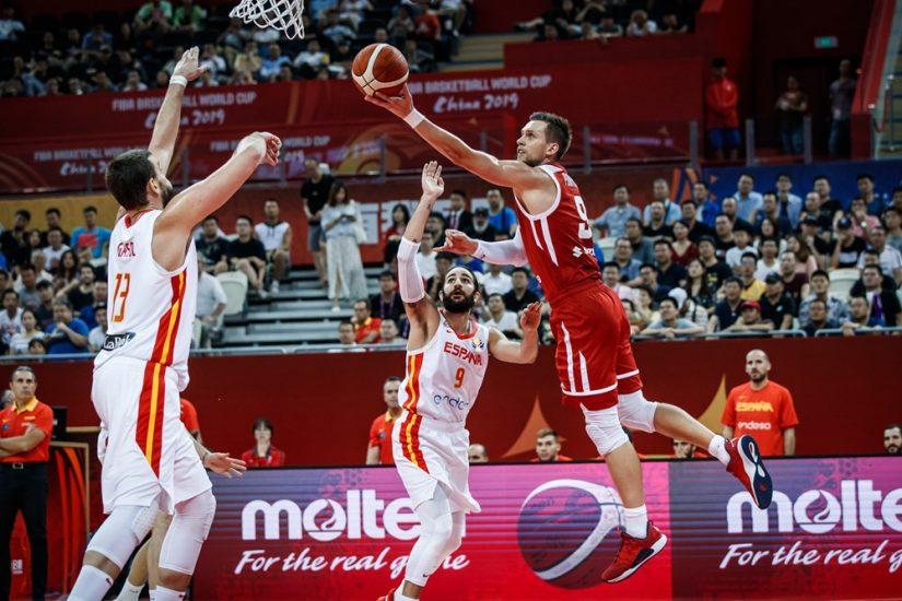 Biało – czerwoni dzielnie walczyli, ale półfinał dla Hiszpanów