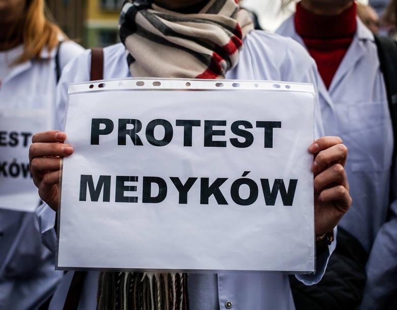 Czeka nas paraliż wrocławskich szpitali? Lekarze rezydenci mają dość i szykują się do zaostrzenia protestu