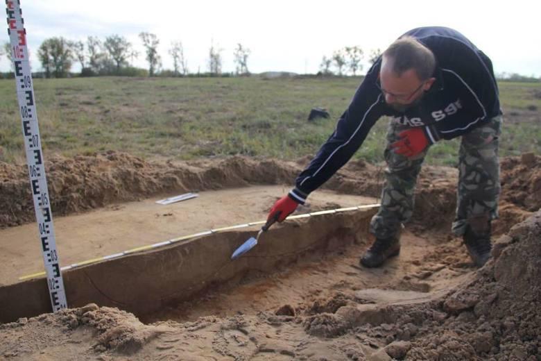 Wielkopolska: W czasie budowy mostu koło Międzychodu zniszczono stanowiska archeologiczne osady sprzed 2,5 tys. lat