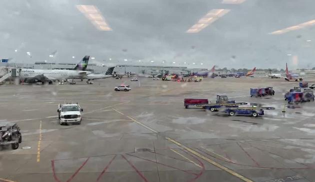 Bateria do kamery powodem eksplozji bagażu na Midway