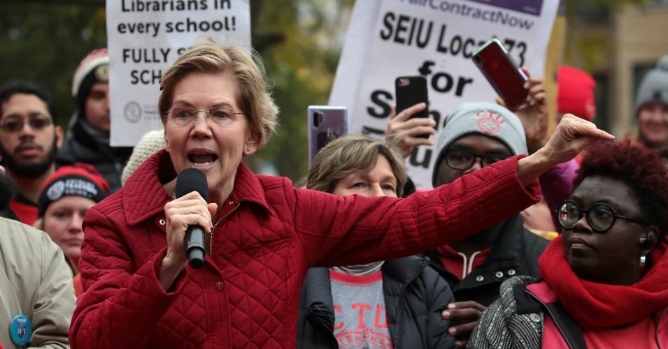 Elizabeth Warren poparła strajkujących nauczycieli CPS