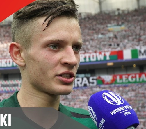 """20-letni Sebastian Szymański coraz pewniej radzi sobie w kadrze. """"Poszukam swojego miejsca na Euro"""""""