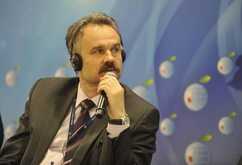 Jacek Sasin w nowym rządzie Morawieckiego. Prof. Paruch spalił plan PiS? Czyżby zemsta profesora za to, że nie został ministrem?