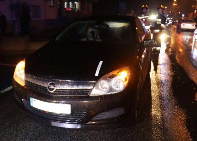 Radlin: 15-latka została potrącona na przejściu dla pieszych przez dwa samochody