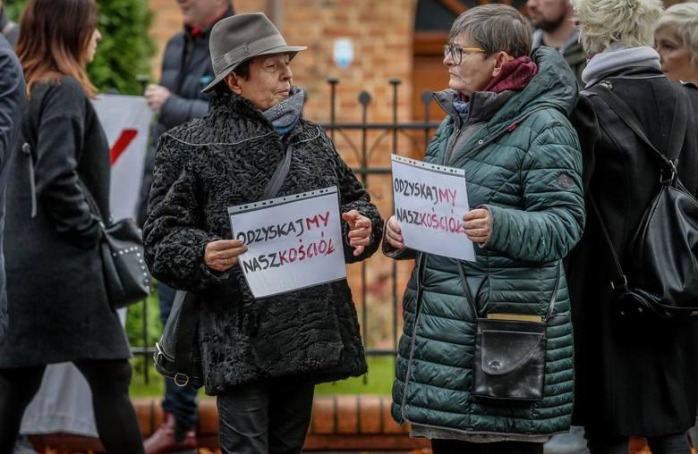 Gdańsk: Abp Sławoj Leszek Głódź na cenzurowanym. Świeccy zapowiadają kolejną manifestację pod archidiecezją