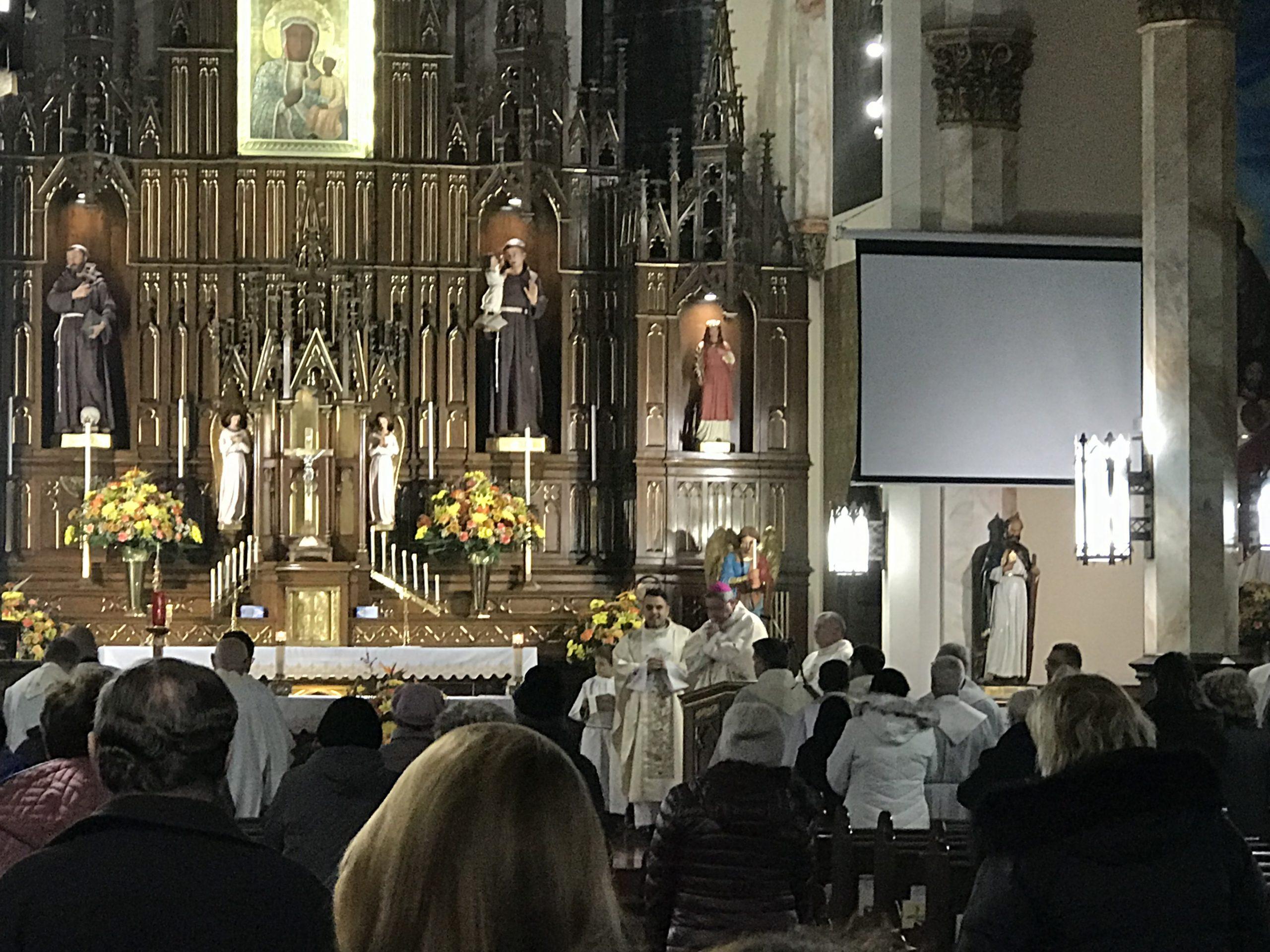 40. godzinne nabożeństwo w parafii M.B. Częstochowskiej i św. Kazimierza