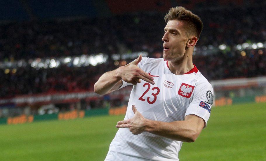 """Krzysztof Piątek zastrzegł swoją """"cieszynkę"""". Teraz to jest oficjalny znak towarowy napastnika AC Milan i reprezentacji Polski"""