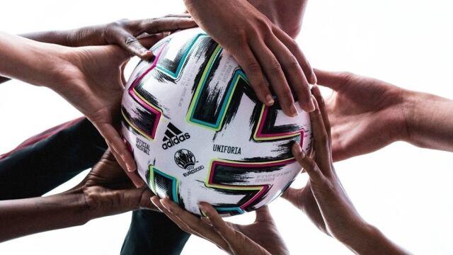Rozlosowano grupy przyszłorocznych piłkarskich mistrzostw Europy. Polacy w  grupie E z Hiszpanią, Szwecją i…