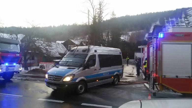 Prokuratura wszczęła śledztwo w sprawie wybuchu gazu w Szczyrku. Osiem osób nie żyje, w tym czworo dzieci
