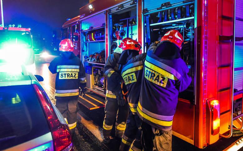 Nocny wyciek gazu na stacji paliw. Ewakuacja McDonald's w Bydgoszczy
