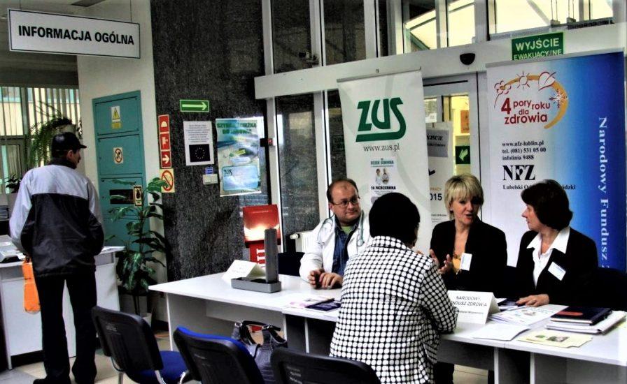 ZUS: W 2019 roku średnio miesięcznie 2 miliony 600 tysięcy płatników wpłacało ponad 23 miliardy złotych