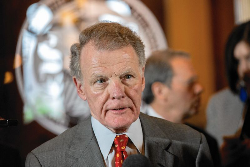 Michael Madigan, wpływowy polityk partii demokratycznej z Illinois podejrzany o korupcję
