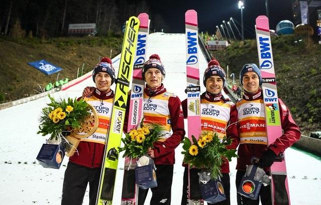 No nareszcie! Zwycięstwo naszcyh skoczków w konkursie drużynowym w Klingenthal!