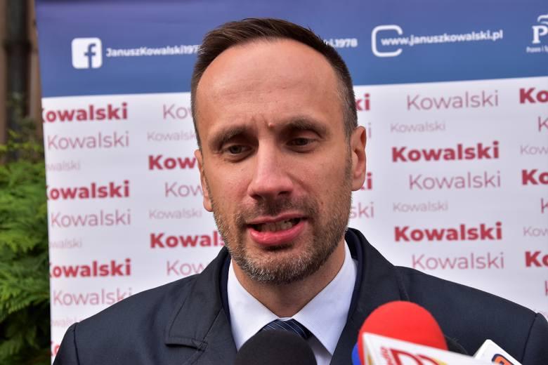 """Wiceminister Janusz Kowalski o uchwale Sądu Najwyższego. """"Ja mam w nosie tych 60 profesorów"""""""