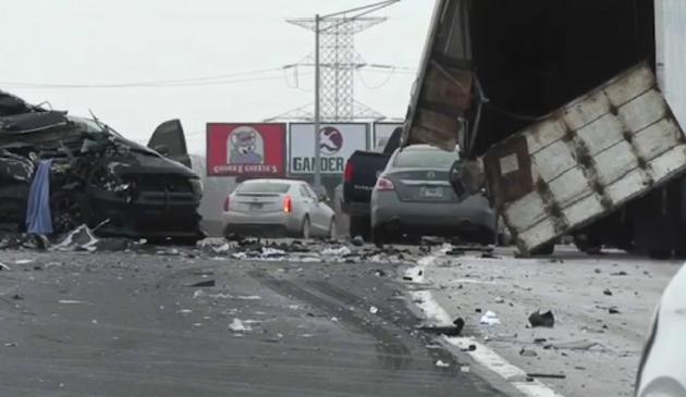 Wypadek na I-55. Zginęła jedna osoba