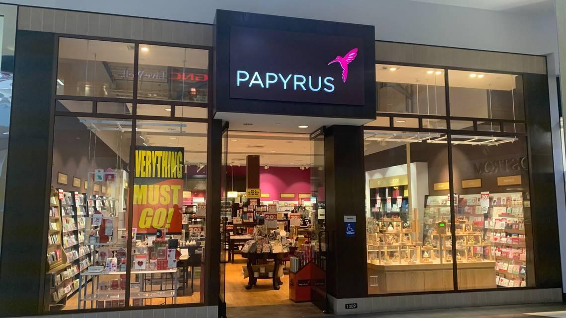 Papyrus zamyka wszystkie sklepy