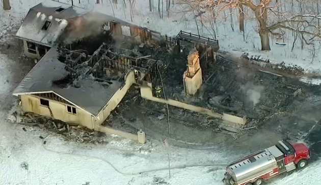 Babcia i wnuk zginęli w pożarze domu w Minooka