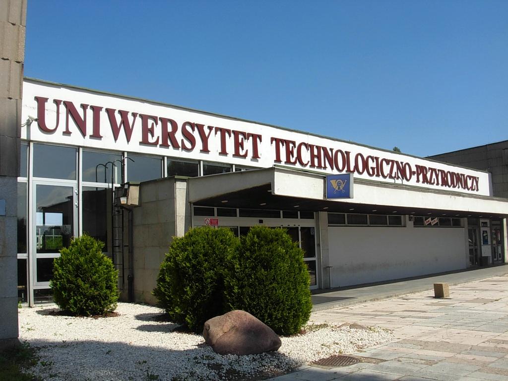 Sąd: Uniwersytet Technologiczno-Przyrodniczy musi zapłacić 420 tysięcy złotych odszkodowania rodzinie studentki